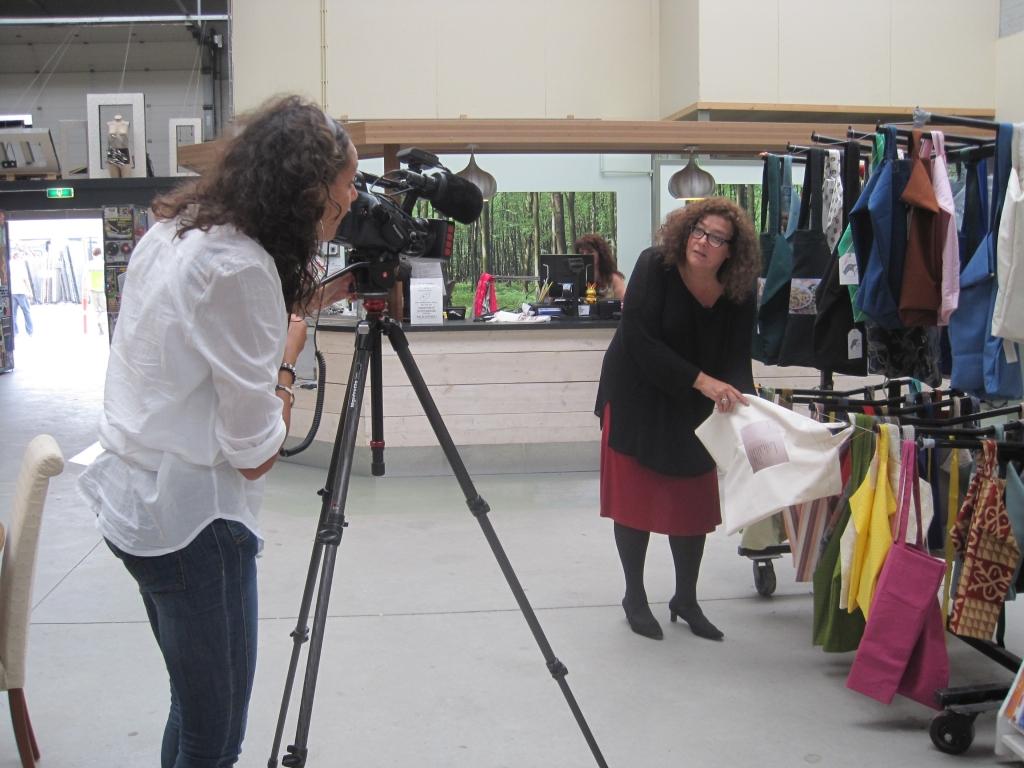 Tassen Amersfoort : Kringloopcentrum amersfoort ekster tassen op tv