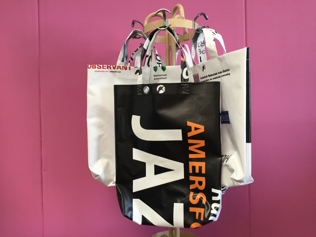 Tassen Amersfoort : Jazzfestival tassen vanaf vandaag te koop in